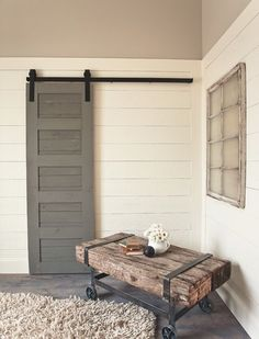 The 5-Panel Barn Door is the perfect mix of modern and rustic. A 2-sided door with 5 evenly spaced panels the doors is both extremely durable and incredibly strong.