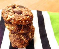 Who knew you could make paleo cookie dough with just dates, cashews, coconut, chocolate and a hint of sea salt?