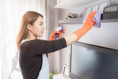 How To Deep Clean Your House in One Day? - @bsolute Services Pte Ltd Cleaning Blinds, Cleaning Day, Oven Cleaning, Spring Cleaning, Residential Cleaning Services, House Cleaning Services, Professional House Cleaning, Cleaning Business, Best Toilet Bowl Cleaner