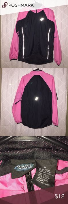 Pink and black wind breaker 👣 In perfect condition ! Athletic Works Jackets & Coats