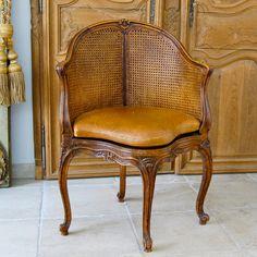 Fauteuil de bureau canné style Louis XV (XIXe)
