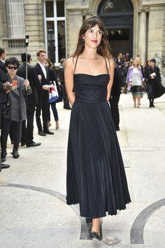 Retro Chic || Paris Fashion Week.