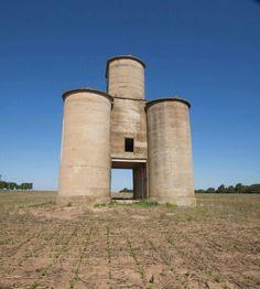 Abandoned grain elevator west of Hutchinson, Ks. Photo by Chris Harris