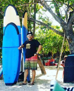 Live update from Kuta Beach Bali Let's surfing... #saifosman #saifosmaninternational #travelbloggers #bloggermalaysia #bloggermy #kutabeachbali #surf #surfing #vscomalaysia #vscomy #igmy #bizvaganza #macamyes #lifeofadventure #igtravel #instamalaysia #instapassport #jalanjalan #beachboy #ctdk #gengkakitravel #gayatravel #gengsukatravel #travelawesome #mytravelgram #bbctravel #sharetravelpics #sayaanakmalaysia by saifosmaninternational