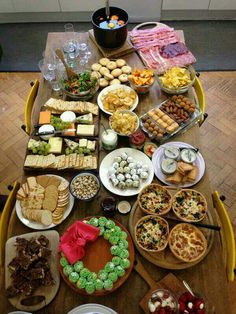 Cook with jamie jamie oliver recipes pinterest articles jamie olivers christmas buffet jamie oliver forumfinder Images