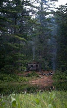 Cabins And Cottages: Looks like a good place to hole up for the rest of. Old Cabins, Log Cabin Homes, Cabins And Cottages, Rustic Cabins, Ideas De Cabina, Cabin In The Woods, Little Cabin, Cozy Cabin, Plein Air