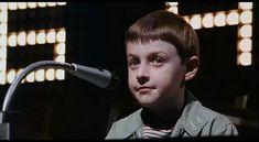 Küçük Adam Tate (1991)  6.6 Sound Film, 10 Film, Aesthetic Movies, Charlie Chaplin, Great Films, Robin Williams, Stephen Hawking, Movies To Watch, Sherlock Holmes