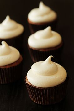 Pumpkin Ginger cupcakes with Cream Cheese Frosting...cream cheese frosting, it makes ANYTHING awesome LOL