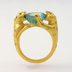 Blue Zircon & Blue Diamond Ring / 18kt gold leopards setting