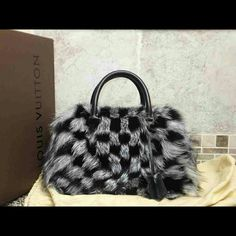 VIP Louis Vuitton Fox Fur Damier Noir Clair Obscur New, Never carried. Product tags/receipt are not present. Includes Bag, Storage pillow, dust bag, clochette, lock and key size is similar to speedy 30.  SEE MY WEB SITE FOR MORE PHOTOS/DETAILS. Louis Vuitton Bags