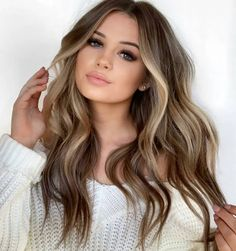 9 easy methods to combat dry hair Blonde Hair With Highlights, Brown Blonde Hair, Blonde Wig, Soft Brown Hair, Pretty Brown Hair, Blonde Hair For Brunettes, Summer Hair Color For Brunettes, Front Highlights, Hair Color For Brown Eyes