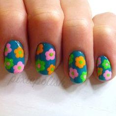 25 ideas de Nail Art para dar la bienvenida a la primavera con flores