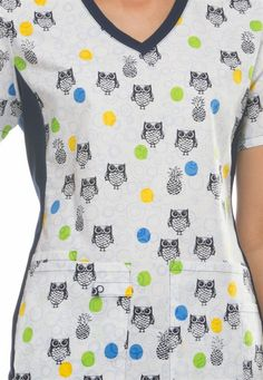 Check out this adorable Cherokee Flexibles Owl-loha print scrub top! #scrubsandbeyond #owl #scrubs #nurses #uniform