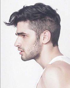 Haircuts for Wavy Hair Men