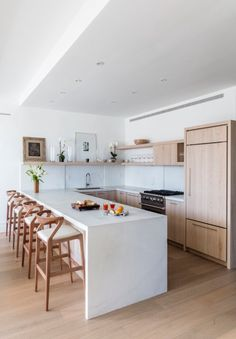 Modern Kitchen Design – Want to refurbish or redo your kitchen? As part of a modern kitchen renovation or remodeling, know that there are a . Home Decor Kitchen, New Kitchen, Home Kitchens, Kitchen Dining, Dream Kitchens, Kitchen Ideas, Bar Stools Kitchen, White Bar Stools, Rental Kitchen