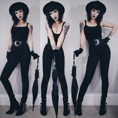 I love the simplicity to it. Not all goth fashion has to be crinoline skirts and pleather belts.