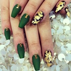 Green & Gold Coffin Nail Art