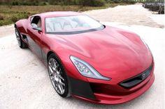 Rimac Concept One: l'auto elettrica che fa da 0 a 100 in meno di tre secondi