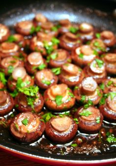 red wine and garlic mushrooms- never had an actual recipe before. (also good with white wine and portabella)