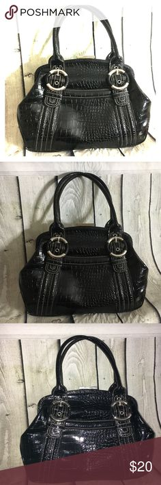 Black Double Handle Nine West Satchel Purse This purse is cute and shiny! Good condition! ❤ Black, pvc ❤ Measurements in Picture ❤ animal like print ❤ 1 zip pocket inside, 1 open outside ✅ Bundle up and save ✅ Nine West Bags Satchels