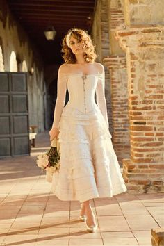 New wedding dresses vintage short victorian 29 ideas Chic Wedding Dresses, Lace Wedding Dress, Wedding Gowns, Bridesmaid Dresses, Trendy Wedding, Wedding Outfits, Wedding Ideas, Steampunk Wedding Dress, Wedding Corset