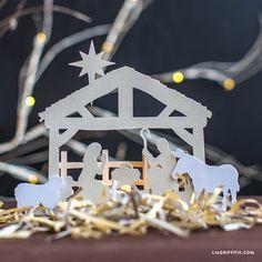 Christmas Time - Papercut Nativity Scene - by Lia Griffith Christmas Nativity Scene, Nativity Crafts, Noel Christmas, Christmas Paper, Christmas Projects, Holiday Crafts, Christmas Ornaments, Nativity Scenes, Holiday Decor