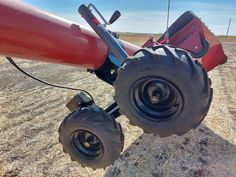 Easy to install kit provides remote control for your Swing Auger for all sizes from 10 to 13 inch tubes. Its powerful electric motor moves the auger even without your tractor running. Electric Utility, Electric Motor, Gear Drive, Radio Control, Pugs, Tractors, Monster Trucks, Technology, Pallet