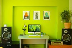 In a small room like this, id only make brushes of a vivid color like this behind the space of the workstation. hmmm...