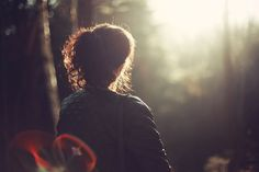 Ariella Persoonlijk: Maar God is groter. Als om je heen kijken ontmoedigend is,  Kijk dan eens omhoog!  Zie op Hem.