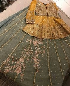For Price & Queries Please DM us or you can Message/WhatsApp 📲 We provide Worldwide shipping🌍 ✅Inbox to place order📩 ✅stitching available🧣👗🧥 &shipping worldwide. 📦Dm to place order 📥📩stitching available SHIPPING WORLDWIDE 📦🌏🛫👗💃🏻😍 . Pakistani Mehndi Dress, Bridal Mehndi Dresses, Pakistani Dresses Casual, Pakistani Wedding Outfits, Bridal Dress Design, Wedding Dresses For Girls, Pakistani Wedding Dresses, Pakistani Dress Design, Party Wear Dresses