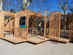 Dans le cadre d'un partenariat avec les Ateliers des Métiers d'Arts, le Collectif Parenthèse s'est vu confier le projet d'une construction temporaire autou