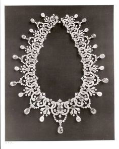 Imperial Romanov Jewels - The Russian Diamond Fund: Russia's Treasure of Diamonds and Precious Stones (Diamond necklace with sapphires) Russian Jewelry, Royal Jewelry, Fine Jewelry, Diamond Solitaire Earrings, Diamond Jewelry, Diamond Necklaces, Infinity Necklace, Crown Jewels, Jewelry Design