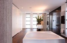 Upstairs bathroom color scheme
