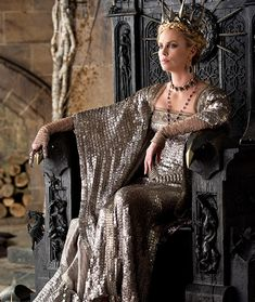 Snow White and the Huntsman': Charlize Theron's spooky dresses ...
