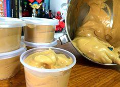 2 litros de leite integral de saquinho 1 e 1/2 xícara de café de vinagre branco 1 colher de sopa de margarina sal a gosto Comentários comments