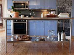 Modern light blue loft kitchen in Los Angeles Loft Kitchen, Studio Kitchen, Rustic Kitchen, Kitchen Interior, Kitchen Decor, Nice Kitchen, Metal Kitchen Cabinets, Blue Cabinets, Kitchen Cabinet Design