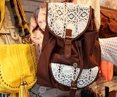 crochet backpack. yes please.♥ I saw this at clairs!!!!!!!!!!!!