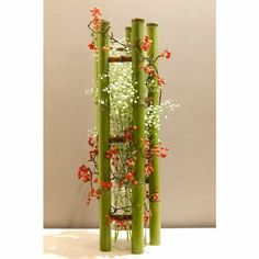 Modern Floral Arrangements, Flower Arrangements, Stage Decorations, Flower Decorations, Quotes About Flowers Blooming, Ikebana Sogetsu, Corporate Flowers, Flora Design, Bamboo Art