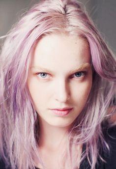 luv. purple hair chalk