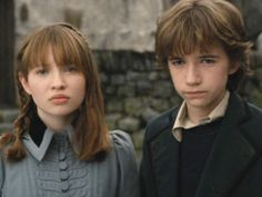 Liam Aiken und Emily Browning in A Series of Unfortunate Events.
