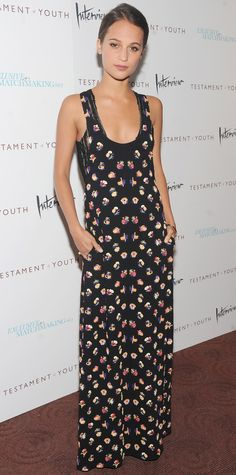 Look of the Day - June 03, 2015 - Stars dazzle at the NYC premiere of 'Testament of Youth' from #InStyle