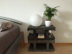 Nachttisch aus Schalungssteinen cinder block nightstand diy