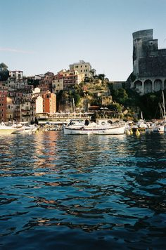 lerici, italy | villages and towns in europe + travel destinations #wanderlust
