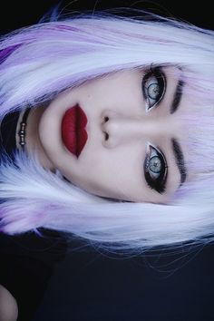 alternative-hair-ideas: love her make up and hair. does somebody know where I can get these contact lenses ? :3