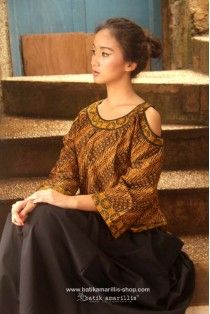 batik amarillis's painter's blouse 2-revamped