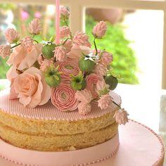 Amendoas e Leite Condensado para aniversário hoje! Parabéns querida @femellostockler !