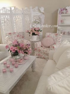 4 Alive Tips AND Tricks: Shabby Chic Bedroom Dream Rooms shabby chic living room furniture.Shabby Chic Desk With Hutch shabby chic living room furniture. Shabby Chic Bedrooms, Shabby Chic Sofa, Shabby Chic Wall Decor, Chic Home Decor, Shabby Chic Interiors, Shabby Chic Decor, Chic Living Room, Shabby Chic Furniture, Chic Furniture