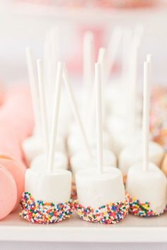 Beautiful Home Interior confetti girl's birthday party.Beautiful Home Interior confetti girl's birthday party Unicorn Themed Birthday Party, Donut Birthday Parties, Rainbow Birthday Party, Donut Party, 14th Birthday Party Ideas, Girls 1st Birthday Cake, 1st Birthday Party Ideas For Girls, Unicorn Party Decor, 3rd Birthday Party For Girls