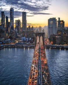 Travel usa new york brooklyn bridge Ideas New York Trip, New York Travel, Travel Usa, New York City, Travel Deals, Travel Destinations, Voyager Seul, Brooklyn Bridge New York, New York Night