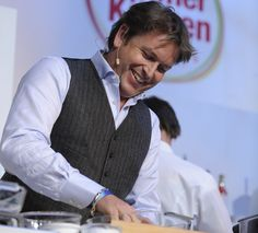 James Martin - wonderful line in self-depreciating humour, petrol head, loves his dog and his family, paints and the man can dance and cook - what's not to love? Chef James Martin, Mr Martin, Paul Hollywood, Tv Chefs, Simon Baker, Bbc Good Food Recipes, Food Shows, Famous Men, Gorgeous Men
